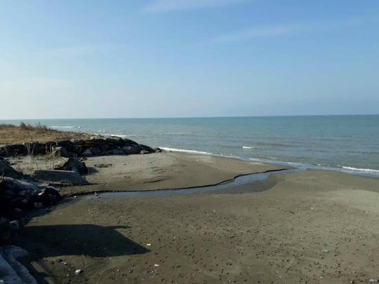 ویلا استخردار با چشم انداز دریا