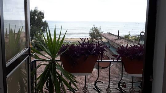 ویلا دوبلکس ساحلی با چشم انداز زیبا