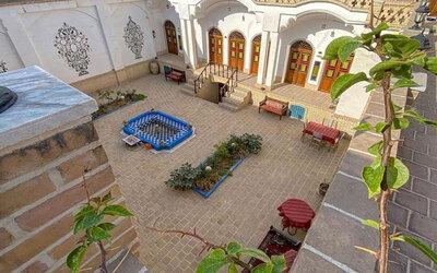 اقامتگاه سنتی آمیرزا(112)
