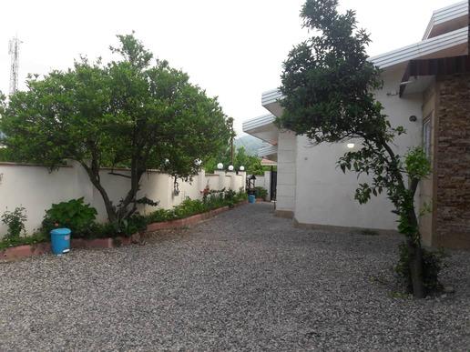ویلا لاکچری استخردار سه خواب حیاط دربست