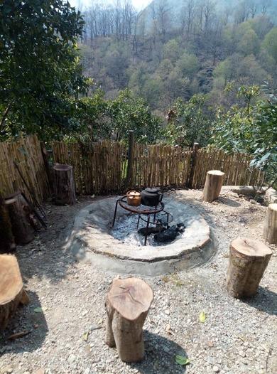 اقامتگاه سنتی ننه گل