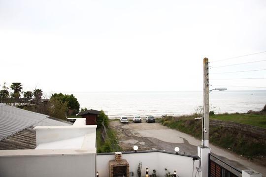 ویلا دوبلکس سه خوابه لب دریا