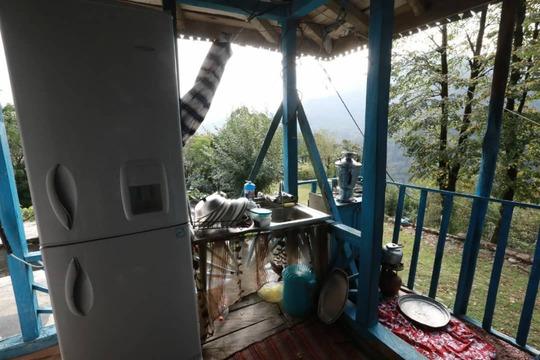 بومگردی کلبه جنگلی فوشه